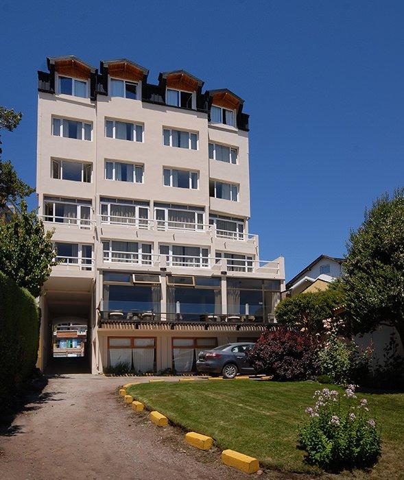 Exterior Hotel Tirol in Bariloche